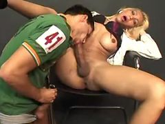 Stud deep throats big shemales cock from freetrannyxxx.com
