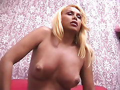 Big ass tranny banged from the rear end